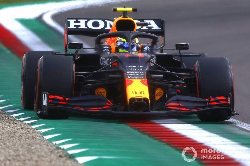 Red Bull собралась переманивать лучших мотористов
