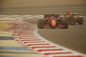 Test F1 2021: Verstappen manda y Sainz debuta con buen pie en Ferrari