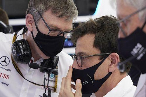 Анализ: как Mercedes хранит свои секреты