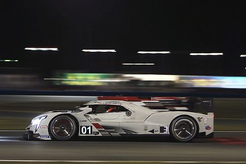 Ganassi lidera la práctica nocturna en Daytona