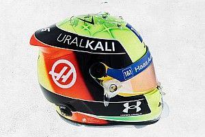 Schumacher yeni sezonda yarışacağı kaskı tanıttı