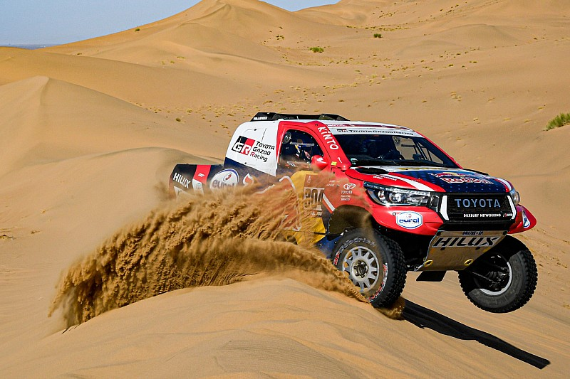 Dakar, Auto, Tappa 2: vince De Villiers, ma Terranova è leader