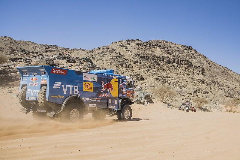 Dakar, Camion, Tappa 1: Shibalov apre con il Kamaz