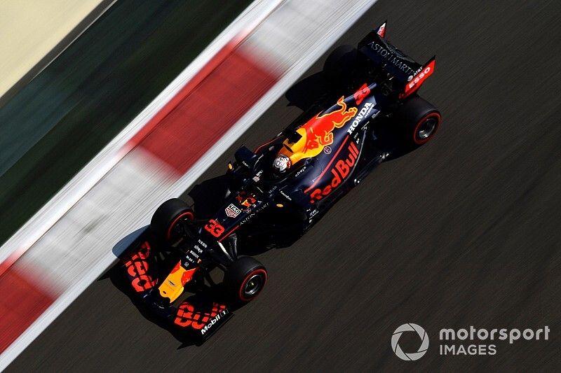 Verstappen topt derde vrije training voor Mercedes-duo