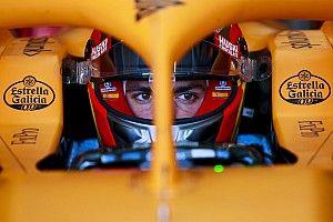 Сайнс: McLaren тяжело бороться с прошлогодними Red Bull и Mercedes