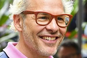 """Villeneuve: """"Kazada her iki Ferrari pilotu da suçlu"""""""