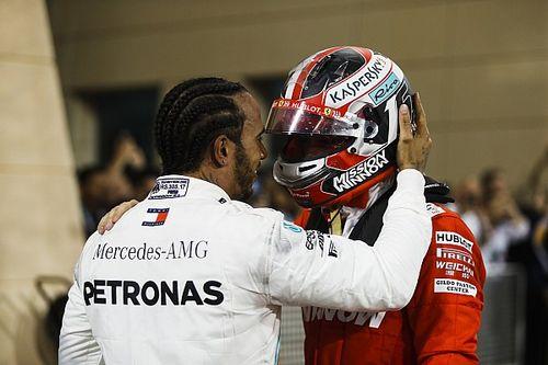 """Leclerc recebe apoio de Hamilton e lamenta vitória perdida: """"Não sei o que dizer"""""""