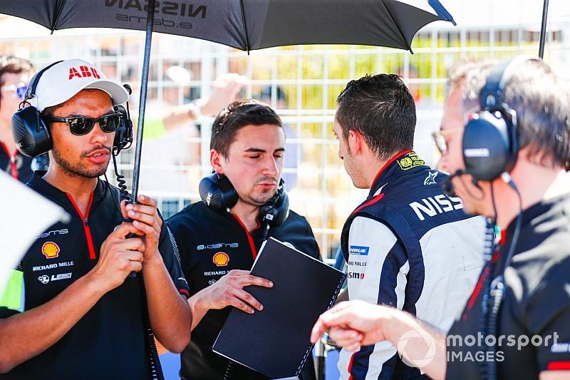 Fotostrecke: Die Schweizer Buemi und Mortara beim Santiago E-Prix in der Formel E