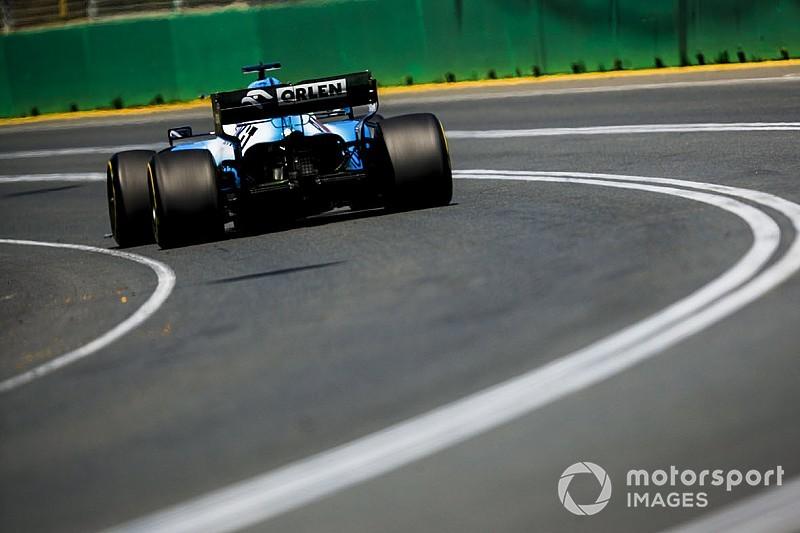 «Наша машина не так плоха, как кажется по времени круга». Расселл вступился за Williams