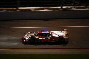 Rolex 24, Hour 8: Cameron leads in Acura, Ferrari tops GTLM