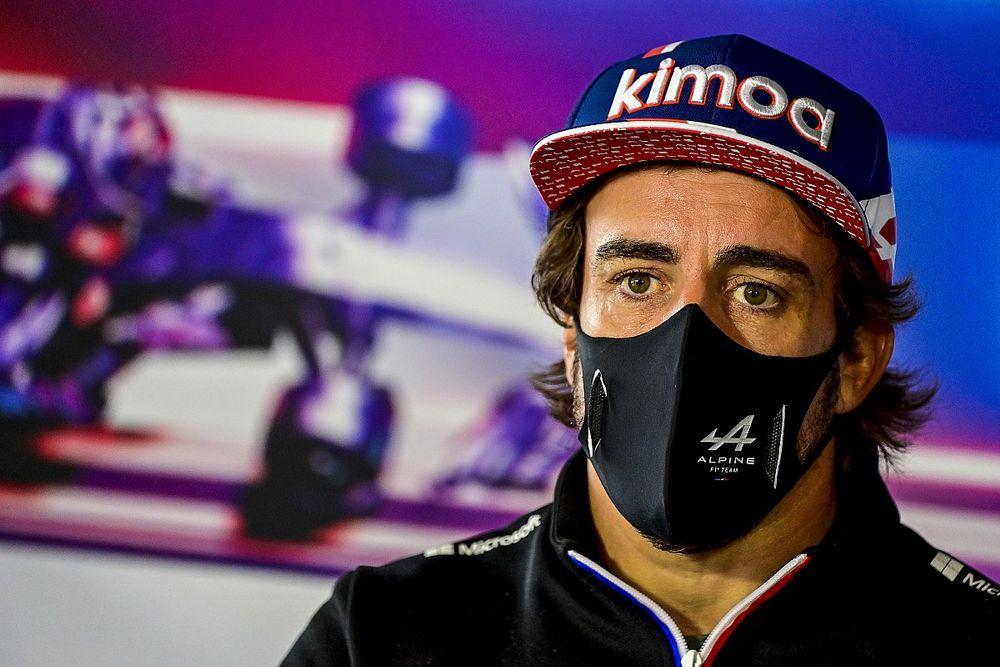"""F1 - Alonso não gostaria de competir com Verstappen na Red Bull: """"Melhor piloto do grid"""""""