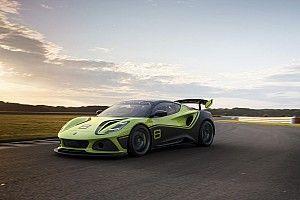 Lotus torna in azione nel GT con la nuova Emira GT4