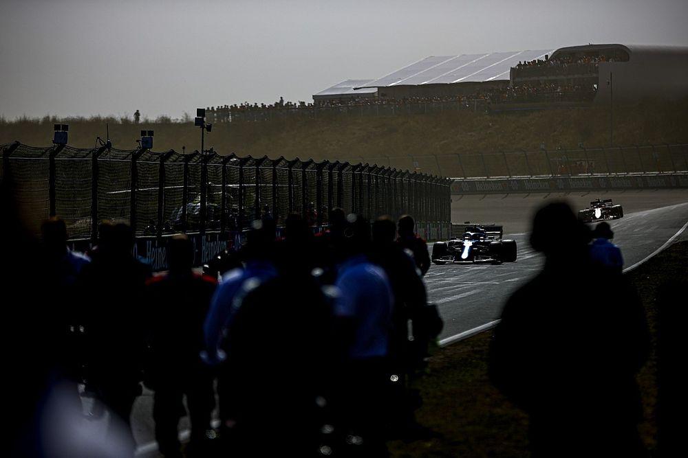 """El momento de """"pura suerte"""" que evitó el KO de Alonso en Zandvoort"""