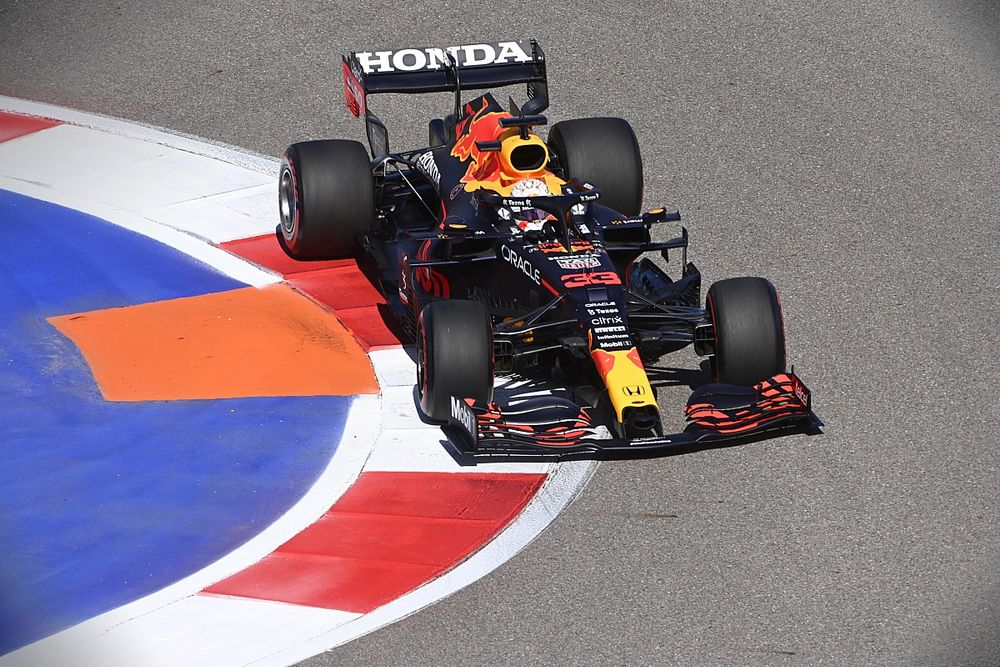 """Horner: Verstappen has """"nothing to lose"""" in 2021 F1 title fight"""