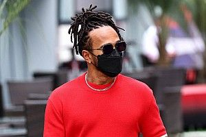 """Hamilton: """"Es increíble que no haya corrido para Ferrari"""""""