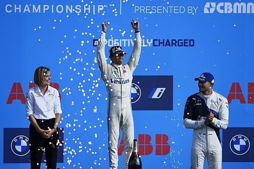 Berlin E-Prix: Nato wins race, de Vries takes title for Mercedes