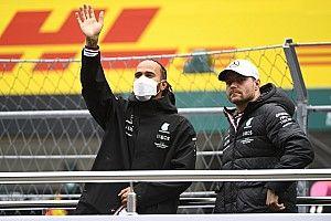 """Hamilton: """"Bottas açıkça iletişim kurabildiğim tek takım arkadaşım"""""""