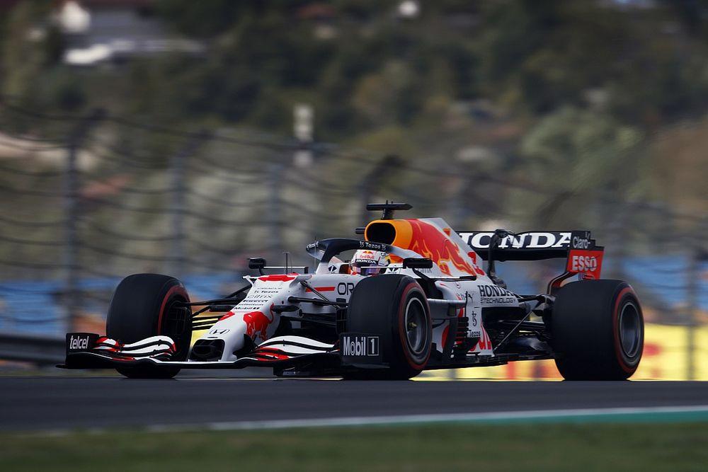 F1トルコFP1速報:グリッド降格決まったハミルトン首位、フェルスタッペン続く。角田裕毅は18番手