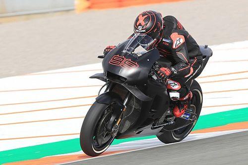 """Lorenzo all'uscita dal box Honda a Valencia: """"Sono molto contento"""""""