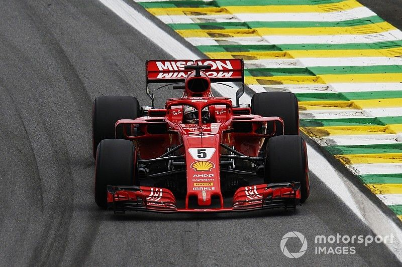 """Vettel teleurstellend zesde: """"Probleem met sensoren"""""""