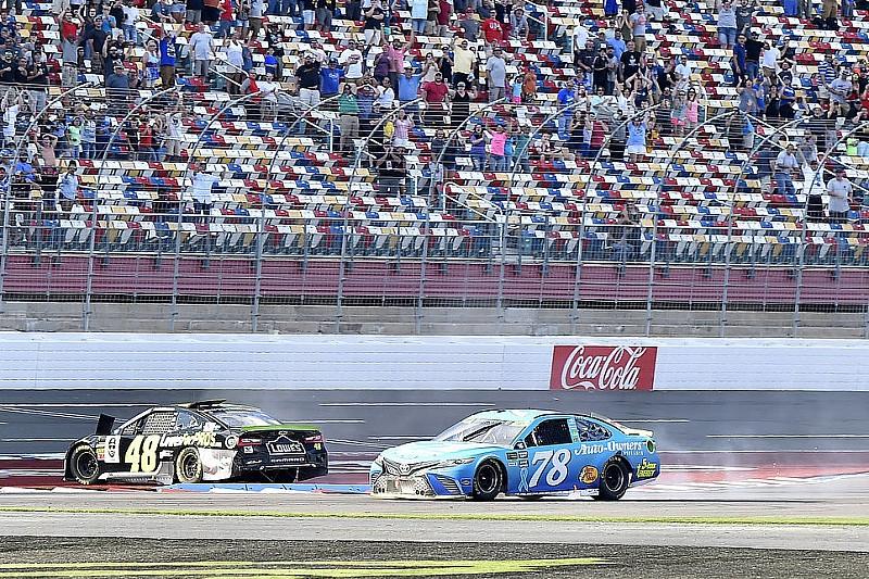 Crash in der letzten Kurve: Johnson schießt sich selbst aus den NASCAR-Playoffs!