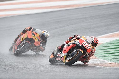 """Marquez: Valencia tyre choice """"first big mistake"""" of 2018"""