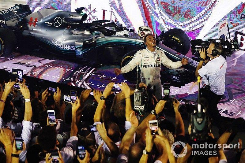 Hamilton vuelve a ganar en Singapur y afirma su liderazgo en la F1