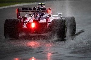 "F1 drivers unimpressed with ""shocking"" wet tyres"
