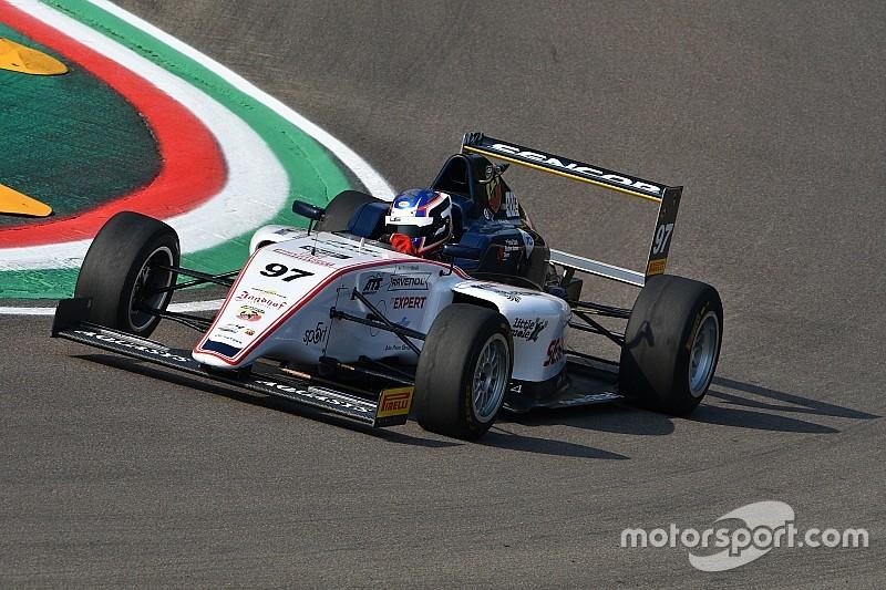 Stanek: è tripletta di pole position ad Imola