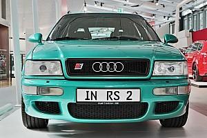 Íme, a legendás, csak egy évig gyártott Audi RS2 Avant