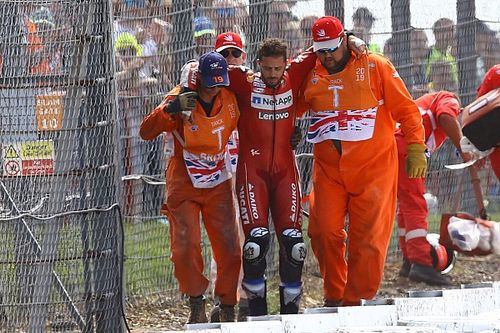 Dovizioso hospitalised after temporary memory loss in crash