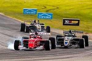 Barrichello vai ao pódio em corrida de 'sobrevivência' da S5000 na Austrália