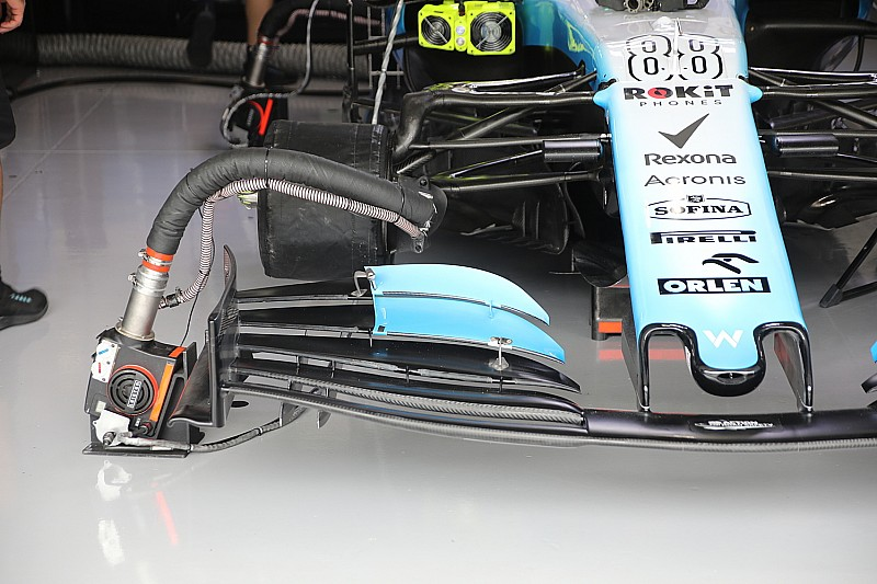 Williams trials experimental front wing in Suzuka