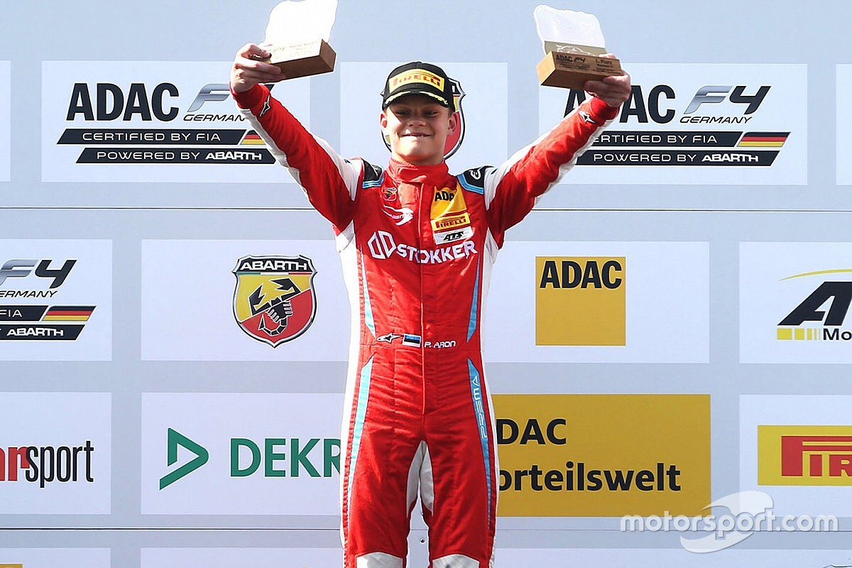 Mercedes взяла в молодежную программу 15-летнего гонщика Формулы 4