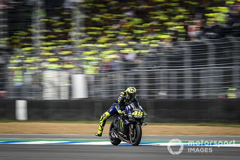 "Rossi: ""Very similar"" race frustrating after warm-up boost"
