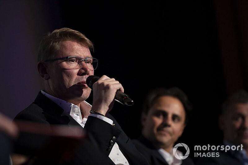 Hakkinen, McLaren'ın IndyCar'a giriş kararını destekliyor