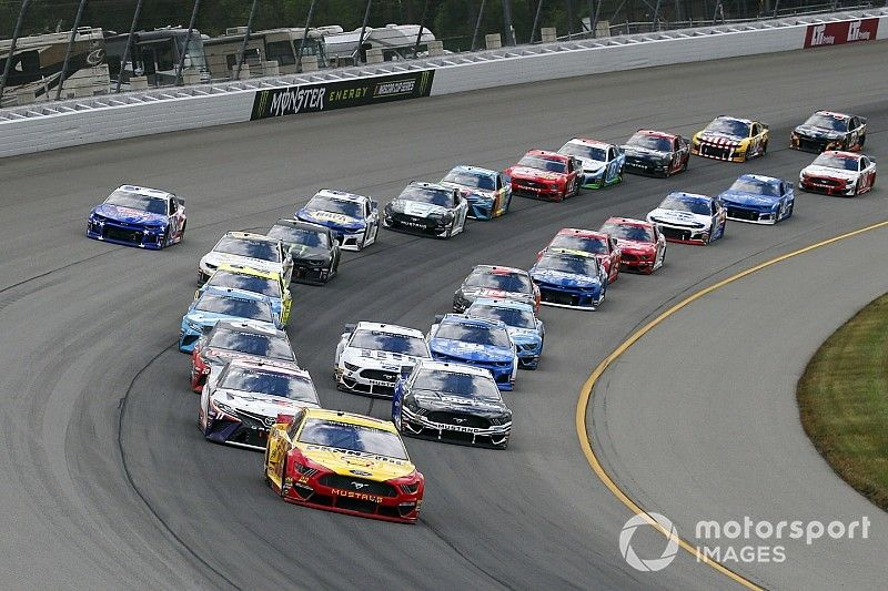 Roundtable: The racing was closer at Michigan, but was it better?
