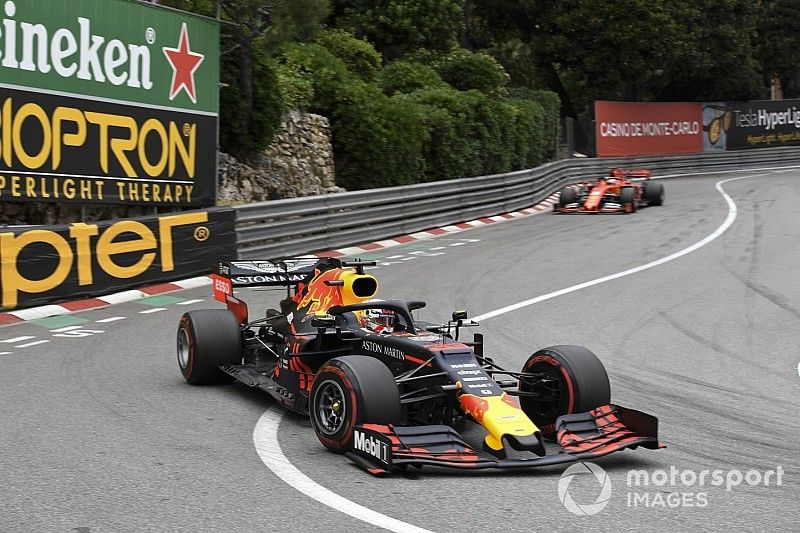 Ricciardo: Verstappen es más rápido que Vettel