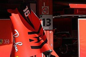 Ferrari: adesso la pinna del cofano motore è più corta