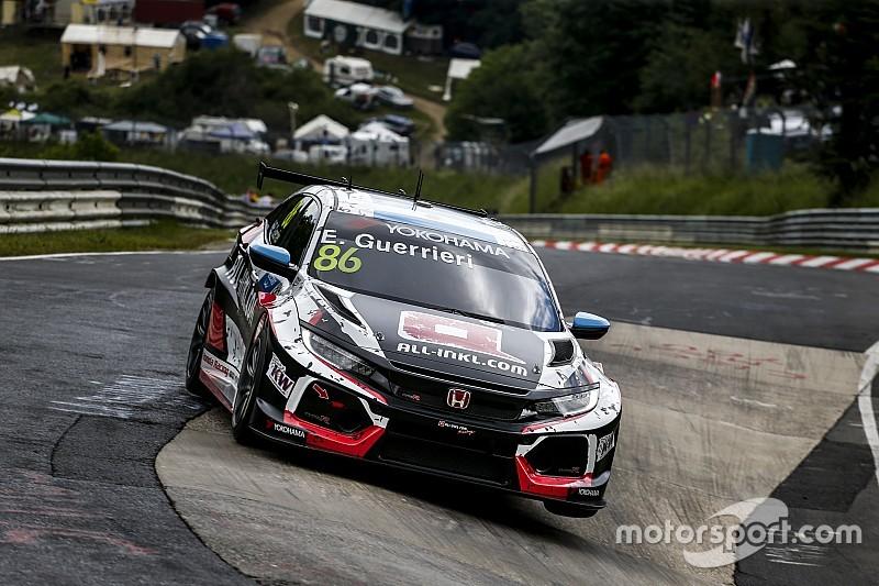 Guerrieri consigue la pole en el Nurburgring
