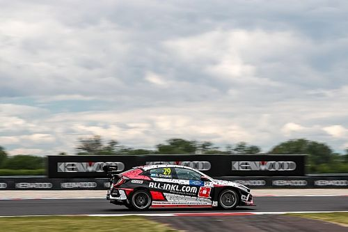 Slovakia WTCR: Girolami marches to third win of 2019