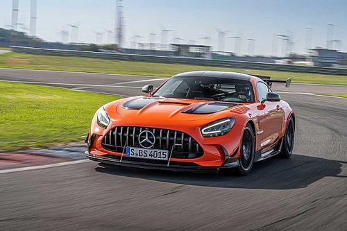 Mercedes-Benz dan Mobil Justice League