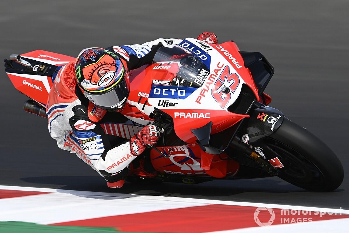 """Rossi says Bagnaia riding Ducati MotoGP bike """"in perfect way"""""""