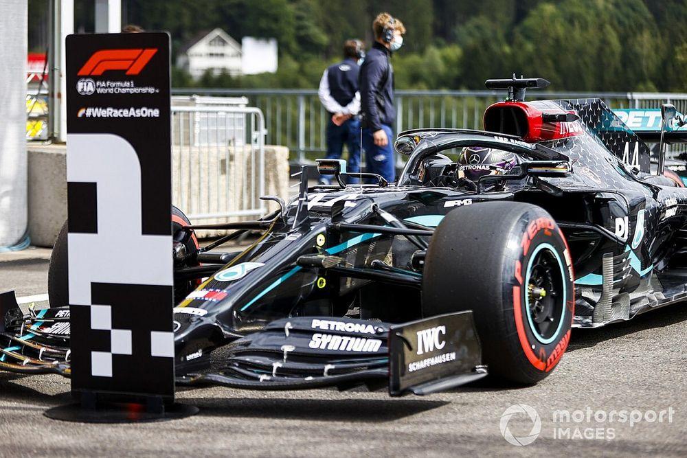 """Vídeo: la vuelta de """"extraterrestre"""" de Hamilton en la pole de Bélgica"""