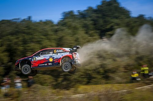 Italy WRC: Sordo holds off Neuville for Hyundai 1-2