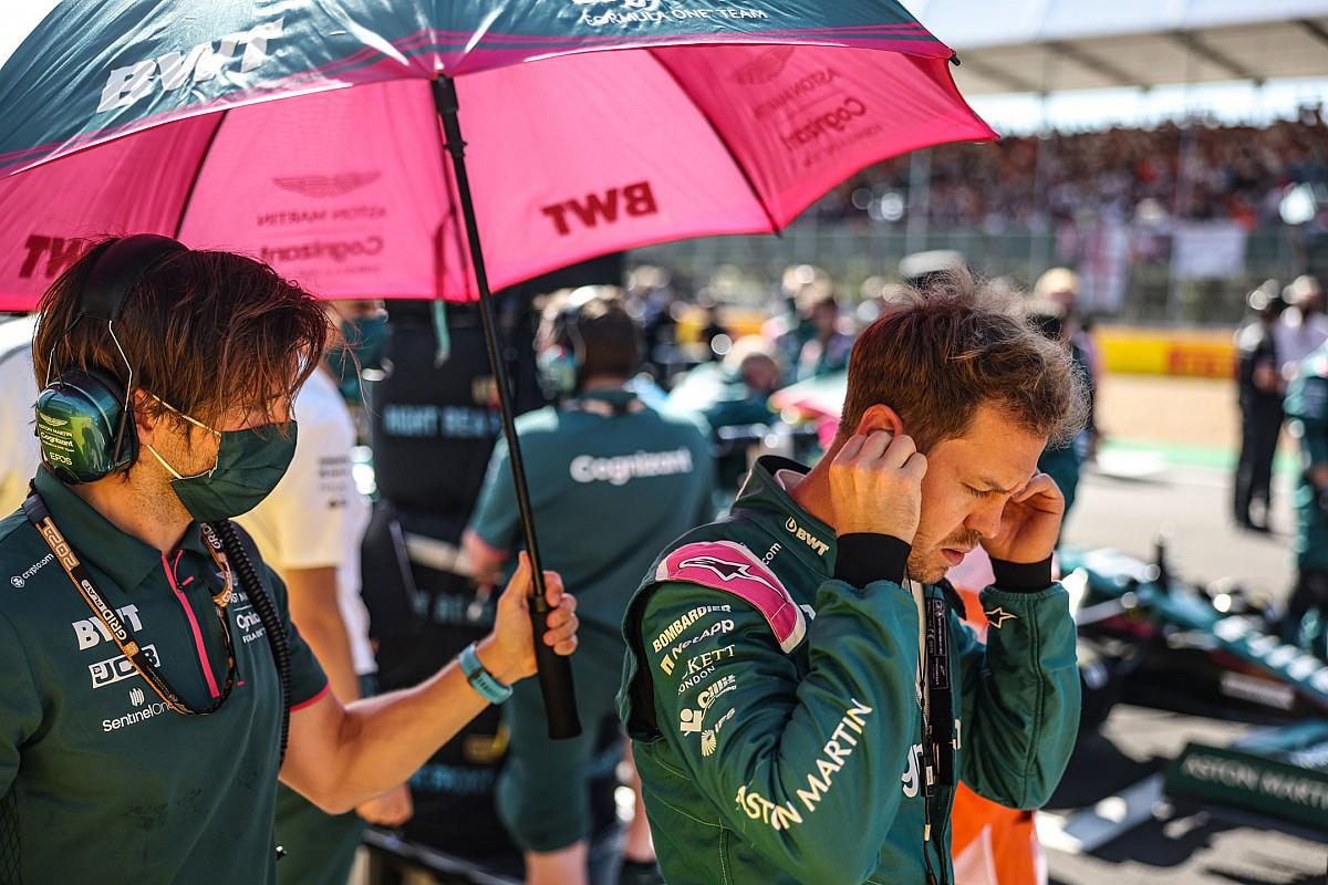 Vettel hayal kırıklığı yaşıyor