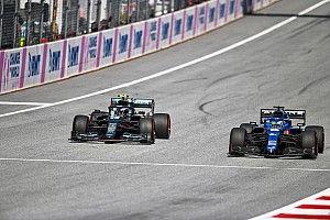 Alonso y la visita para invocar que la suerte de Alpine cambie en 2021