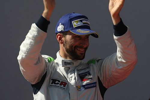 Salzburg TCR: Grachev wins from ninth amid total chaos