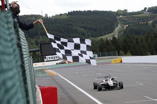 Spa F3: Russell wins Race 2 as Prema struggles
