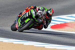 Laguna Seca WSBK: Sykes leads Ducatis in red-flagged race, Rea retires